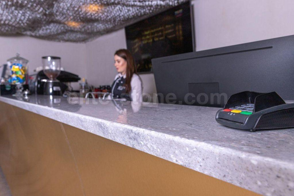 Шестиметровая барная стойка из искусственного камня - фото 10