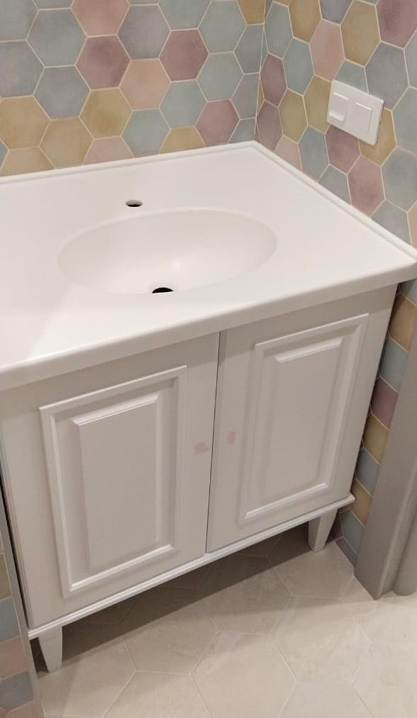 Столешница с интегрированной раковиной для ванной из камня LG Hi-Macs P001 - фото 1