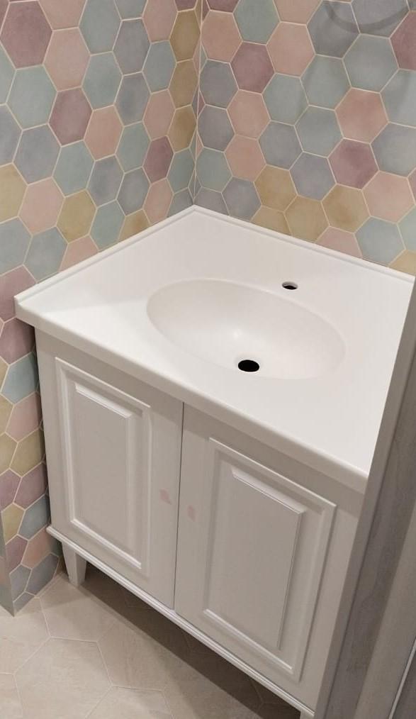 Столешница с интегрированной раковиной для ванной из камня LG Hi-Macs P001 - фото 4
