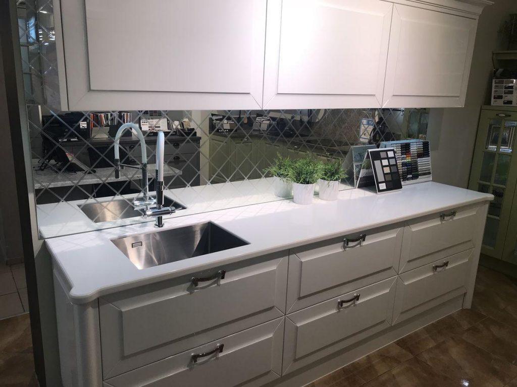 Столешница для кухни из искусственного камня Staron EY510 Metallic Yukon - фото 1