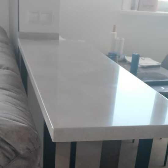 Белая барная стойка для кухни из камня Staron Supreme VD126 Dawn (Юж.Корея) - фото 1