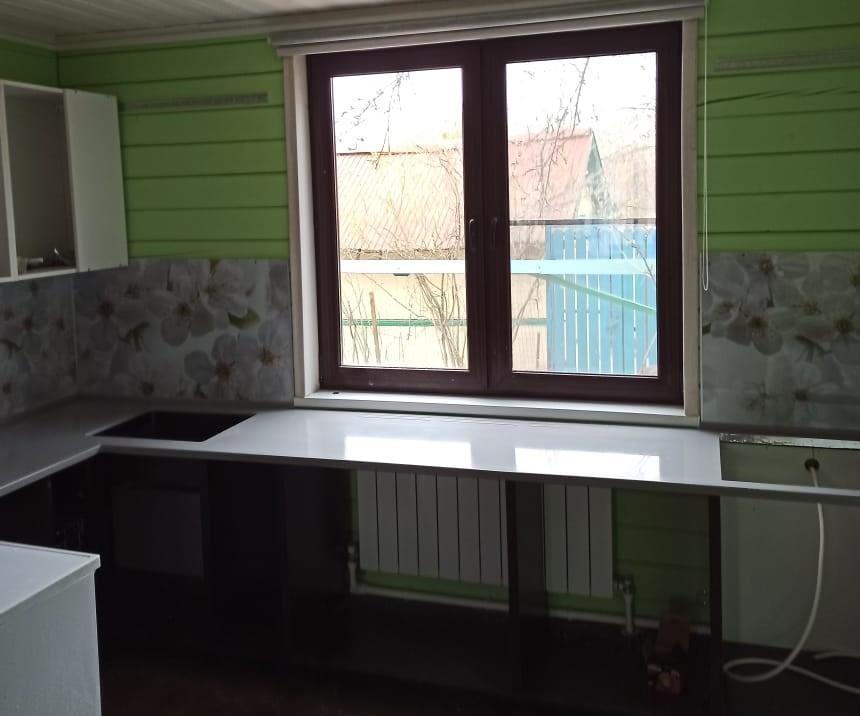 Кухонная Г-образная столешница из искусственного камня Tristone - фото 3