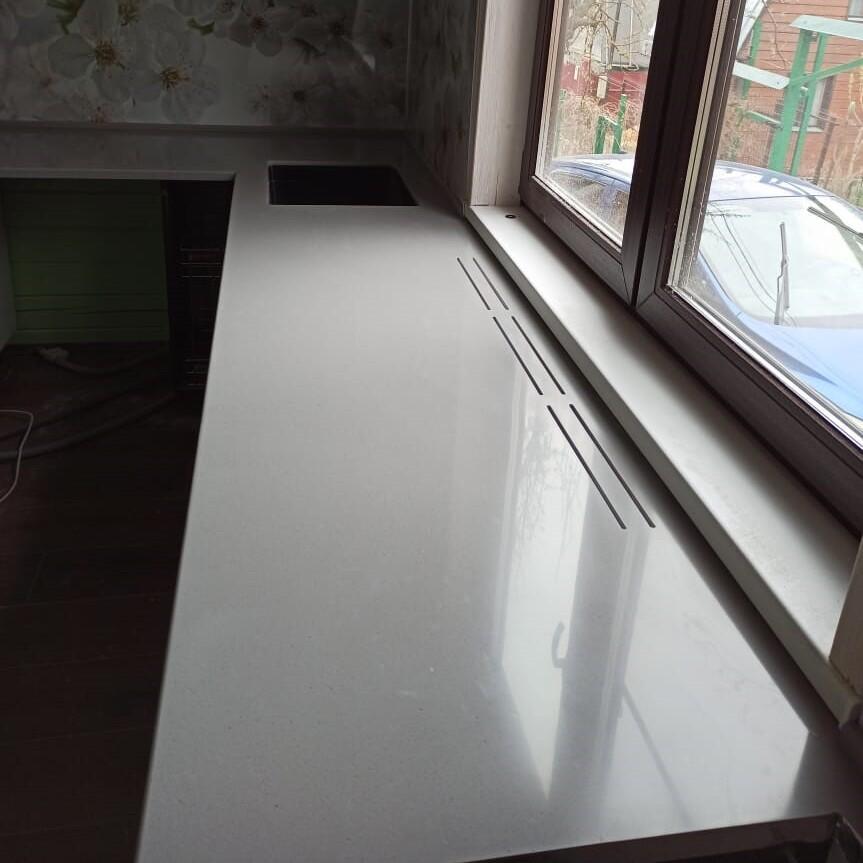 Кухонная Г-образная столешница из искусственного камня Tristone - фото 17
