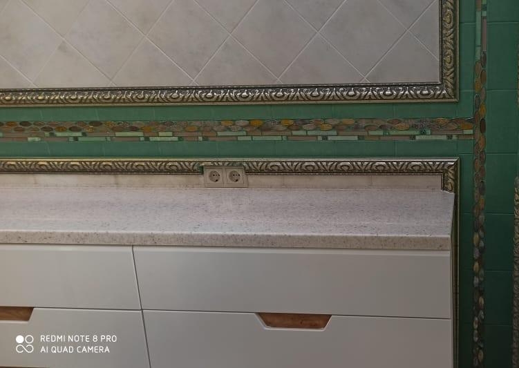 Столешница из искусственного камня Grandex с двумя интегрированными раковинами - фото 4