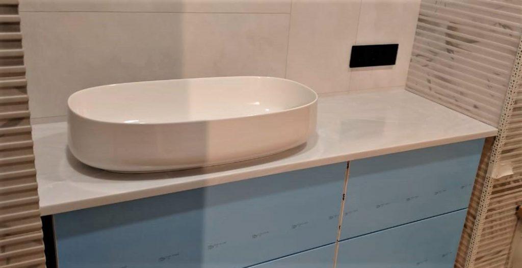 Столешница для ванной комнаты из искусственного камня Grandex - фото 1