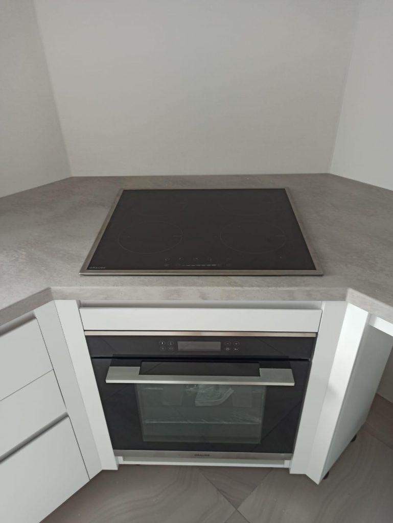 Серая столешница для кухни из искусственного камня Staron VU127 Noble Pearl - фото 3