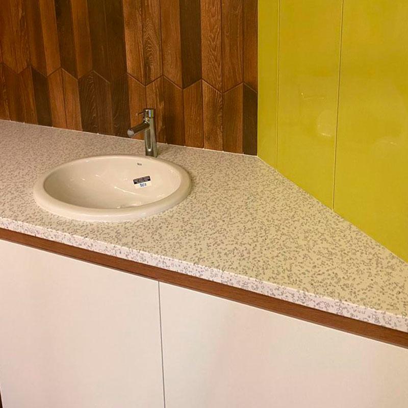 Столешница в ванную из искусственного камня Staron QD212 Mosaic Dalmatian - фото 8